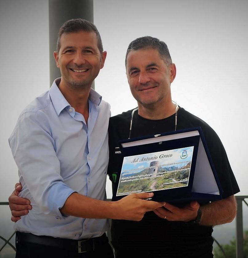 Il sindaco di Roccasecca premia Antonio Greco