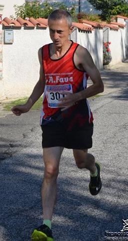 Gianni-Mattacola-in-gara-a-Torrice-foto-Ciociaria-che-corre.jpg